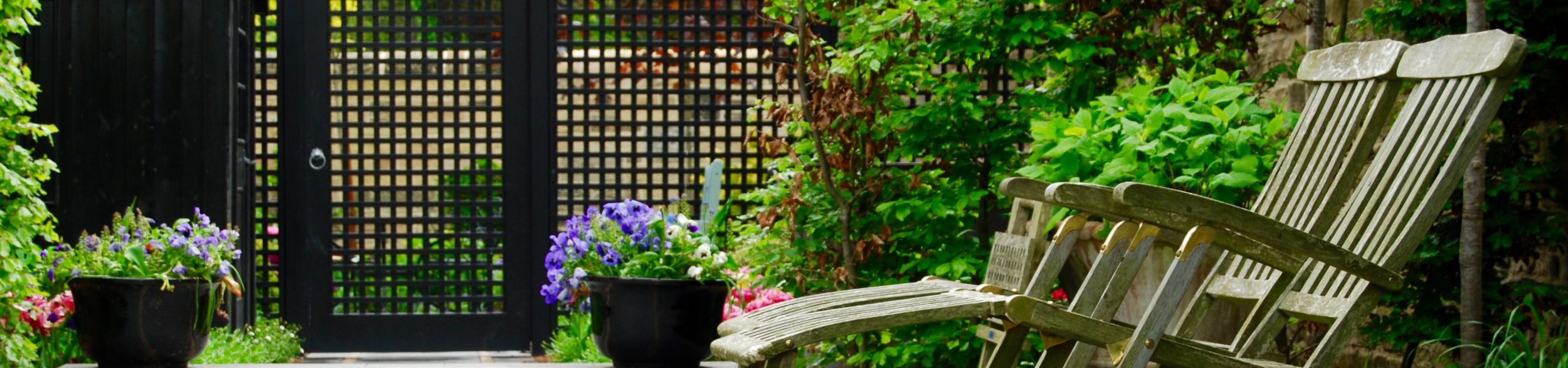 Fencing gates garden boundaries garden design by water gems baanklon Gallery