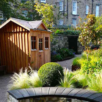 Edinburgh Eton Terrace garden, built by Water Gems, designed by Carolyn Grohmann, shed by Kevin Clark