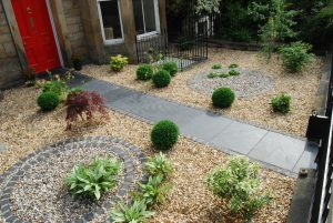 Henderson Row front garden, black slate slabs, basalt setts, gravel garden, built by Water Gems, designed by Carolyn Grohmann