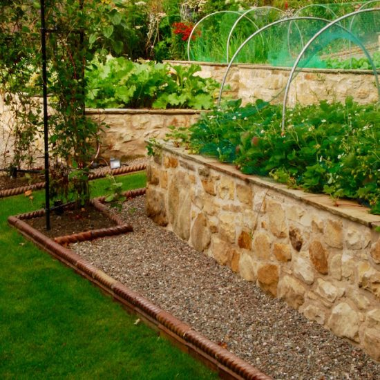 Dunfermline garden, vegetable garden, built by Water Gems, designed by Carolyn Grohmann