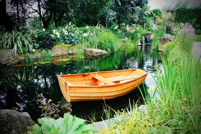 Swimming ponds, Garden in Inverleith, Edinburgh by Water Gems