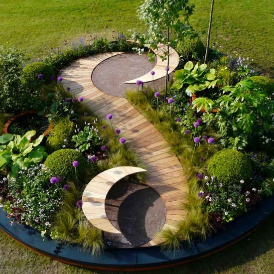 Gold Medal Award-Winning Garden, built by Water Gems, designed by Carolyn Grohmann at Gardening Scotland 2014