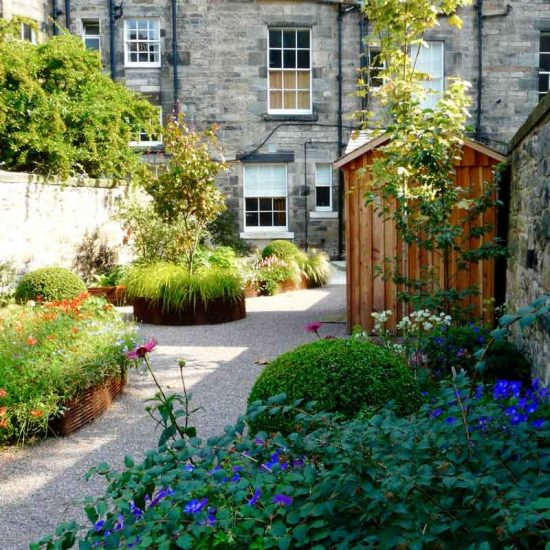 Edinburgh Eton Terrace garden, built by Water Gems, designed by Carolyn Grohmann, BALI award winning 2014