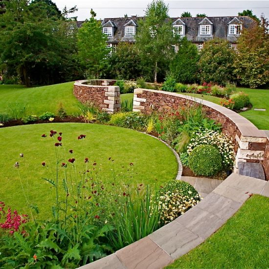 Colinton Road, Edinburgh Garden, built by Water Gems, designed by Carolyn Grohmann
