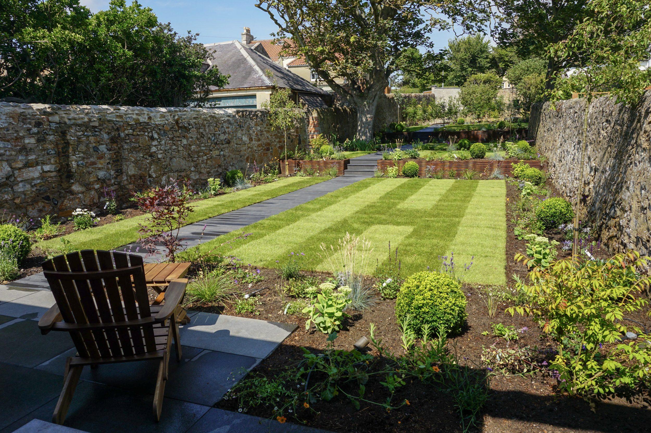 Elie Garden